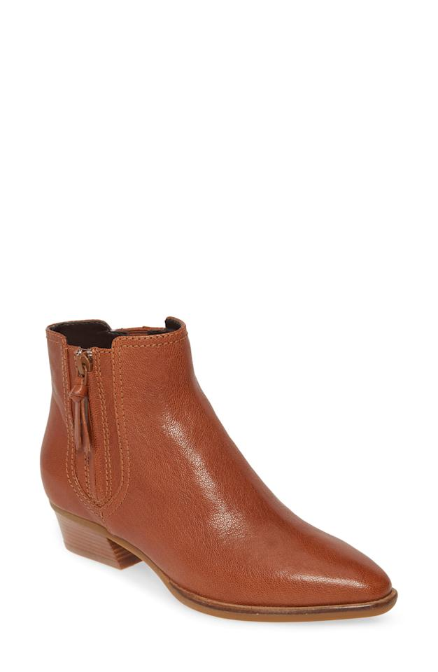 """<p><strong>Cole Haan</strong></p><p>nordstrom.com</p><p><a href=""""https://go.redirectingat.com?id=74968X1596630&url=https%3A%2F%2Fshop.nordstrom.com%2Fs%2Fcole-haan-hadlyn-bootie-women%2F5277552&sref=http%3A%2F%2Fwww.townandcountrymag.com%2Fstyle%2Ffashion-trends%2Fg29776885%2Fnordstrom-fall-sale-shoes-boots-2019%2F"""" target=""""_blank"""">Shop Now</a></p><p>$129.90</p><p><em>Original Price: $185</em></p>"""