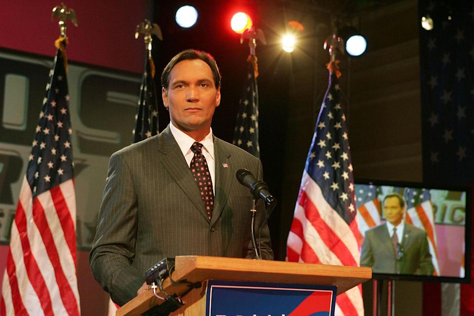 The West Wing Season 07 – Episode 17 'Election Day Part 2' Medium shot of Jimmy Smits as Matt Santos standing at podium. (© Warner Bros. Entertainment, Inc.)