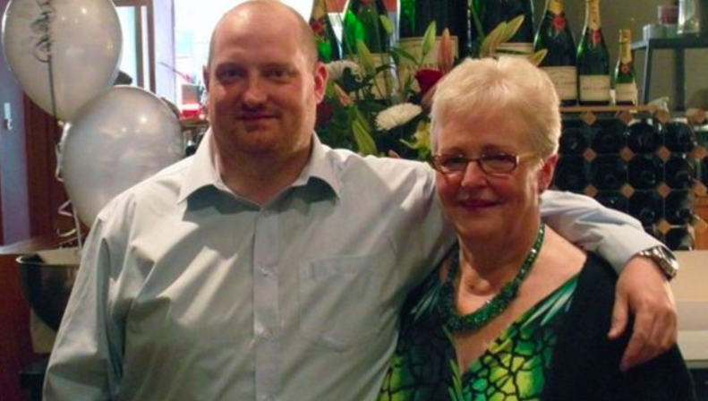 Scott Miller's mother Norma (right) died from coronavirus while he was in a coma. (BBC/Miller family handout)