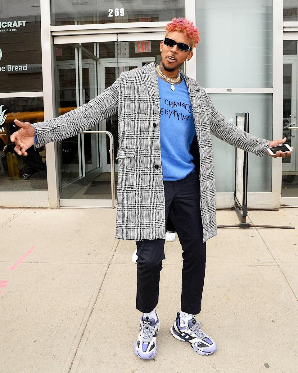 """<h1 class=""""title"""">Februray 12: Nick Young</h1> <div class=""""caption""""> Swaggy P hit New York Fashion Week with the ultimate accessory—pink hair. </div> <cite class=""""credit"""">Raymond Hall/Getty Images</cite>"""