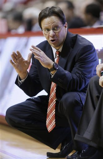 Indiana coach Tom Crean talks to his team as they played Iowa in the second half of an NCAA college basketball game in Bloomington, Ind., Saturday, March 2, 2013. Indiana defeated Iowa 73-60. (AP Photo/Michael Conroy)