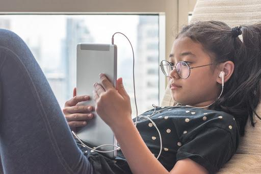Verizon Innovative Learning expands that digital connection to students' homes, by providing them with resources that go beyond the classroom. (Photo: Getty Creative)