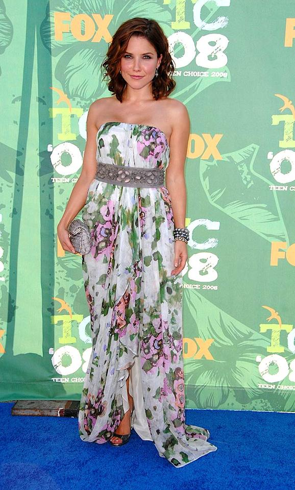 """One Tree Hill"" star Sophia Bush surprised us by making a floral print look fashionable. Steve Granitz/<a href=""http://www.wireimage.com"" target=""new"">WireImage.com</a> - August 3, 2008"
