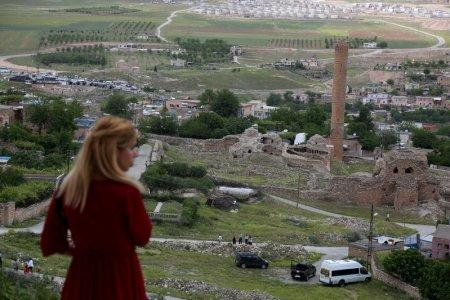 FILE PHOTO: A general view of the ancient town ofHasankeyf by the Tigris river, which will be significantly submerged by the Ilisu dam being constructed, in southeastern Turkey, April 29, 2018. REUTERS/Sertac Kayar