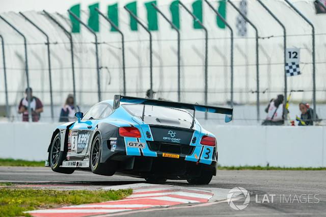 "#3 K-PAX Racing Bentley Continental GT3: Rodrigo Baptista <span class=""copyright"">Richard Dole / Motorsport Images</span>"