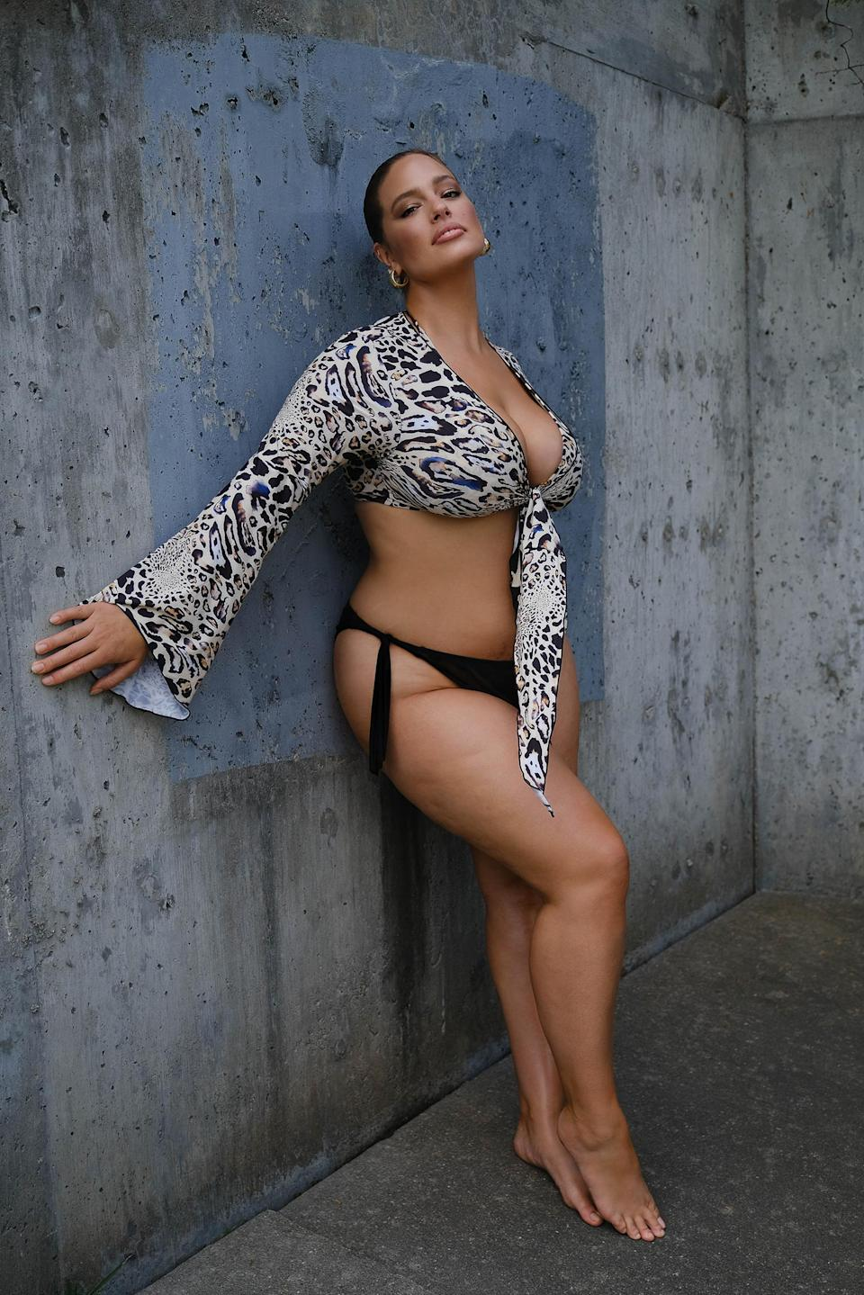 Ashley Graham shows off stretch marks in new photo shoot (Justin Ervin / Swimsuits for All)