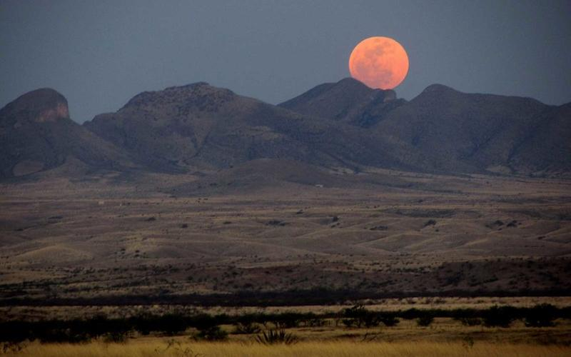 How to Make the Most of the Biggest Supermoon in Decades