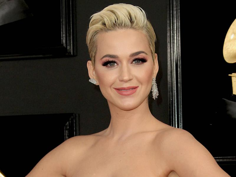 Katy Perry praises Ariana Grande for quietly picking up dinner bill