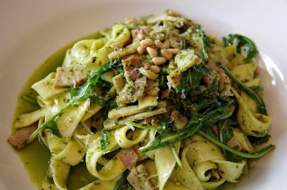 """<p><a href=""""https://www.delish.com/uk/cooking/recipes/a30311517/creamy-steak-fettuccine-recipe/"""" rel=""""nofollow noopener"""" target=""""_blank"""" data-ylk=""""slk:Fettucine"""" class=""""link rapid-noclick-resp"""">Fettucine</a> is a super-versatile pasta, but it's traditionally served with a ragù sauce or simply an <a href=""""https://www.delish.com/uk/cooking/recipes/a29099239/best-homemade-fettuccine-alfredo-recipe/"""" rel=""""nofollow noopener"""" target=""""_blank"""" data-ylk=""""slk:alfredo"""" class=""""link rapid-noclick-resp"""">alfredo</a> sauce, which is just butter and parmesan. </p><p>More fettucine recipes:</p><p><a href=""""https://www.delish.com/uk/cooking/recipes/a28852601/one-pot-chicken-alfredo-recipe/"""" rel=""""nofollow noopener"""" target=""""_blank"""" data-ylk=""""slk:Perfect chicken alfredo"""" class=""""link rapid-noclick-resp"""">Perfect chicken alfredo</a><a href=""""https://www.delish.com/uk/cooking/recipes/a29482679/easy-shrimp-pasta-alfredo-recipe/"""" rel=""""nofollow noopener"""" target=""""_blank"""" data-ylk=""""slk:Prawn fettuccine alfredo"""" class=""""link rapid-noclick-resp""""><br>Prawn fettuccine alfredo</a><a href=""""https://www.delish.com/uk/cooking/recipes/a31149954/french-onion-fettucine-alfredo-recipe/"""" rel=""""nofollow noopener"""" target=""""_blank"""" data-ylk=""""slk:French onion fettuccine alfredo"""" class=""""link rapid-noclick-resp""""><br>French onion fettuccine alfredo</a></p>"""
