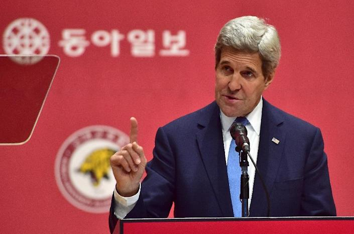 US Secretary of State John Kerry warned of possible fresh sanctions against Pyongyang, during a visit to South Korea on May 18, 2015 (AFP Photo/Jung Yeon-Je)