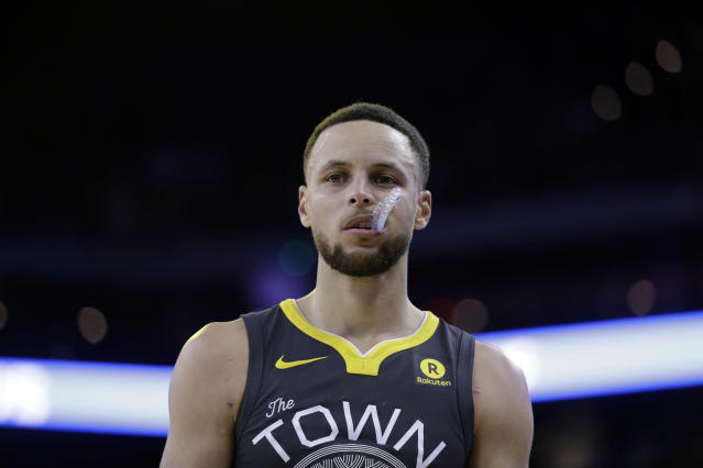 Stephen Curry won't be available for the first round of the playoffs. (AP Photo)