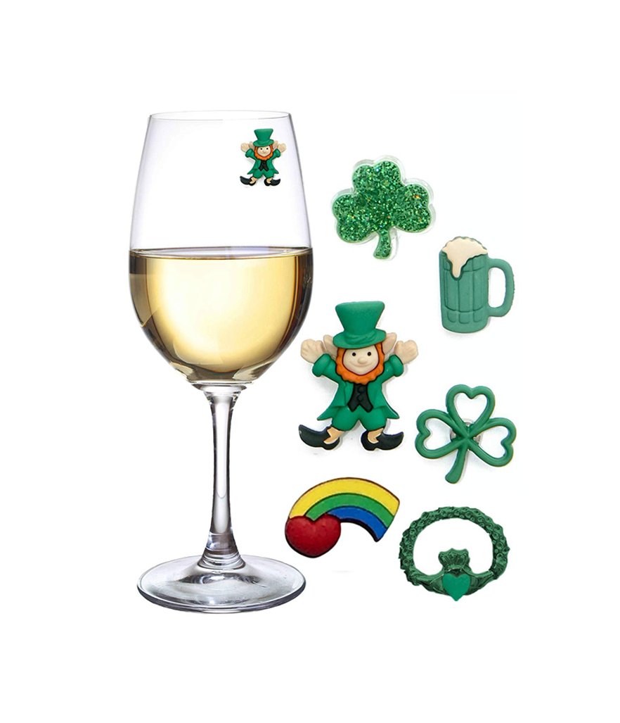 Juvale St. Patrick's Day 16 Piece Set Costume Party Accessories (Photo: Amazon)