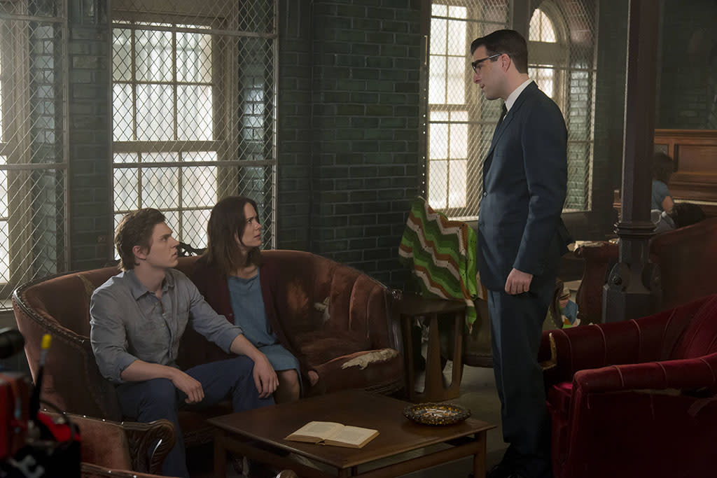"Evan Peters as Kit Walker, Sarah Paulson as Lana Winters and Zachary Quinto as Dr. Oliver Thredson in the ""American Horror Story: Asylum"" episode, ""The Name Game."""