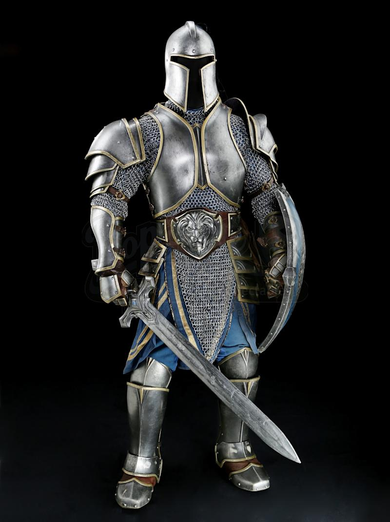 Alliance soldier armor from the Warcraft movie as advertised on PropStore.com