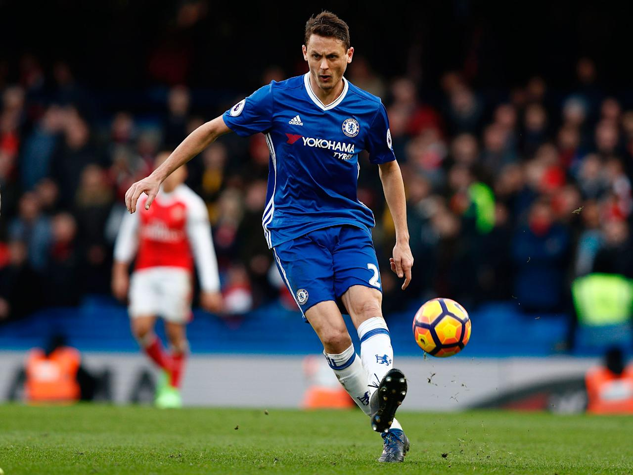 Manchester United close in on £35m deal for Chelsea's Nemanja Matic