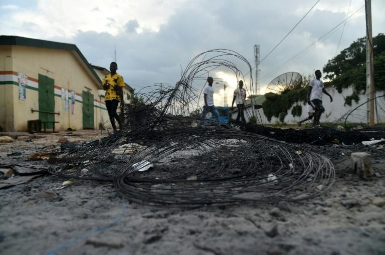 The scene in a Daoukro street last weekend after clashes between local youths from the Malinke and Baoule groups