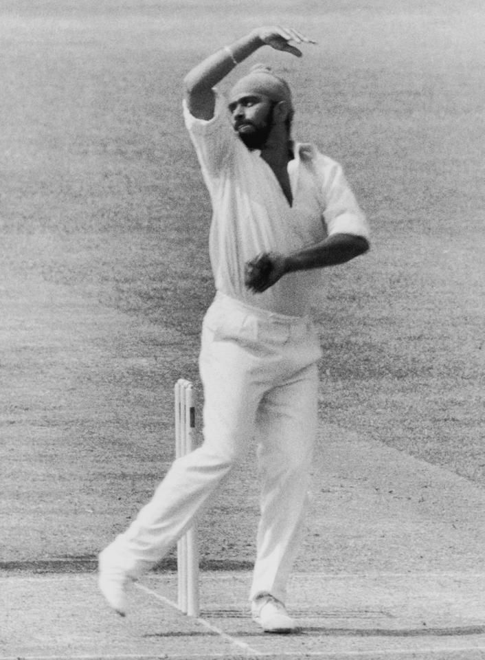Indian bowler Bishan Bedi in action, June 1974. (Photo by Evening Standard/Hulton Archive/Getty Images)