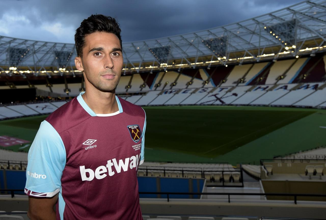 Former Liverpool, Real Madrid and West Ham defender Alvaro Arbeloa retires