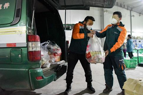 Some 65 per cent of China's courier businesses forecast losses this year due to the coronavirus. Photo: Xinhua