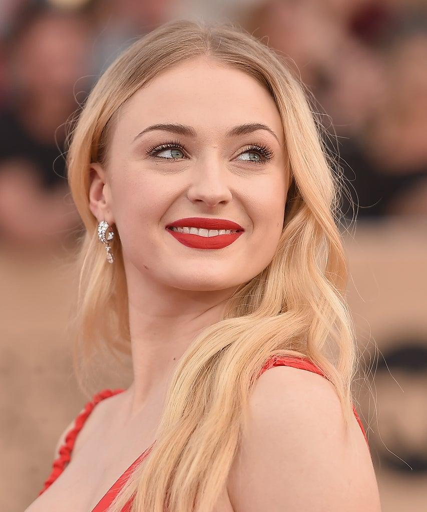 LOS ANGELES, CA – JANUARY 29: Actpr Sophie Turner attends the 23rd Annual Screen Actors Guild Awards at The Shrine Expo Hall on January 29, 2017 in Los Angeles, California. (Photo by Alberto E. Rodriguez/Getty Images)
