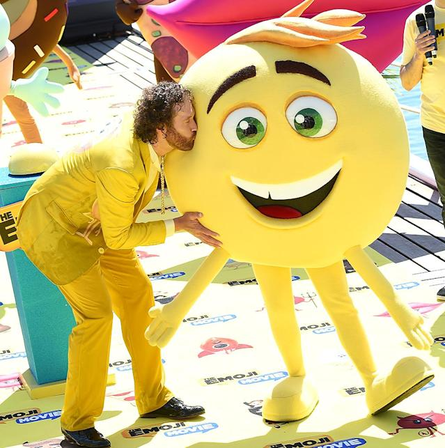 "<p>The <i>Silicon Valley</i> funnyman shared an ""emotional"" moment with a smiley face emoji at the Cannes Film Festival premiere of <i>The Emoji Movie</i>. Anna Faris, Sofia Vergara, and many others also lent their voices to the animated kiddie flick. (Photo: Stephane Cardinale/Corbis via Getty Images) </p>"