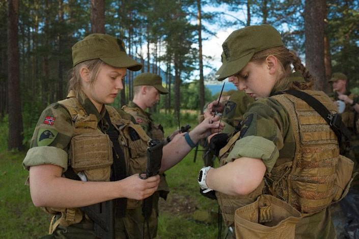 Norwegian army officials say women are better at intelligence gathering than men (AFP Photo/Kyrre Lien)