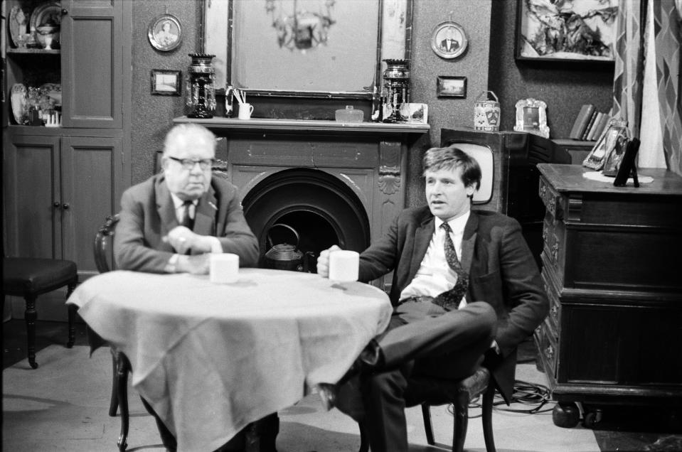 The cast of 'Coronation Street' on set. Jack Howarth and Bill Roache, 16th April 1968. (Photo by Frank Charman/Mirrorpix/Getty Images)