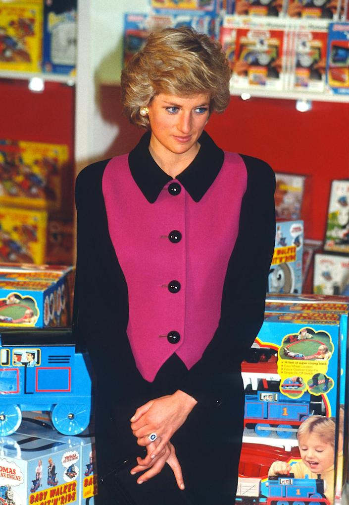 <p>In 1989, Princess Diana made her inaugural visit to New York City — her first trip overseas without Prince Charles. During the trip, Diana visited the Henry Street Settlement on the Lower East Side of Manhattan and later stopped by the iconic FAO Schwarz toy store (pictured). </p>