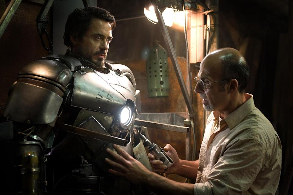 IRON MAN, Robert Downey Jr., Shaun Toub, 2008. (Everett)