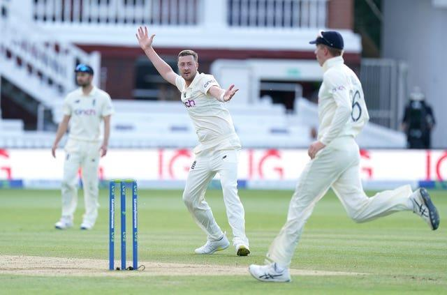 Ollie Robinson appeals during New Zealand's second innings