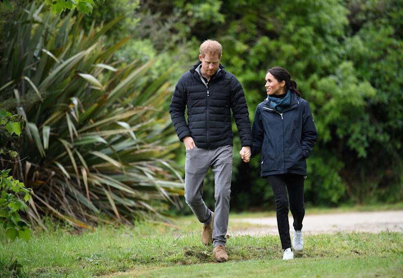 WELLINGTON, NEW ZEALAND - OCTOBER 29: (UK OUT FOR 28 DAYS) Prince Harry, Duke of Sussex and Meghan, Duchess of Sussex visit Abel Tasman National Park, which sits at the north-Eastern tip of the South Island, to visit some of the conservation initiatives managed by the Department of Conservation on October 29, 2018 in Wellington, New Zealand. The Duke and Duchess of Sussex are on their official 16-day Autumn tour visiting cities in Australia, Fiji, Tonga and New Zealand. (Photo by Pool/Samir Hussein/WireImage)