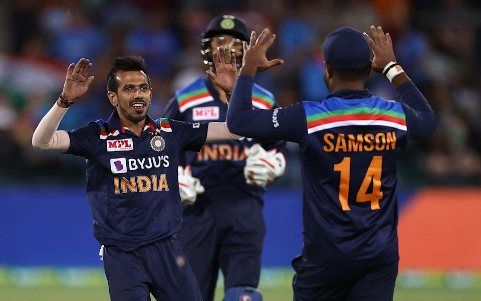 Yuzvendra Chahal dismisses Steve Smith - Ryan Pierse//Cricket Australia via Getty Images