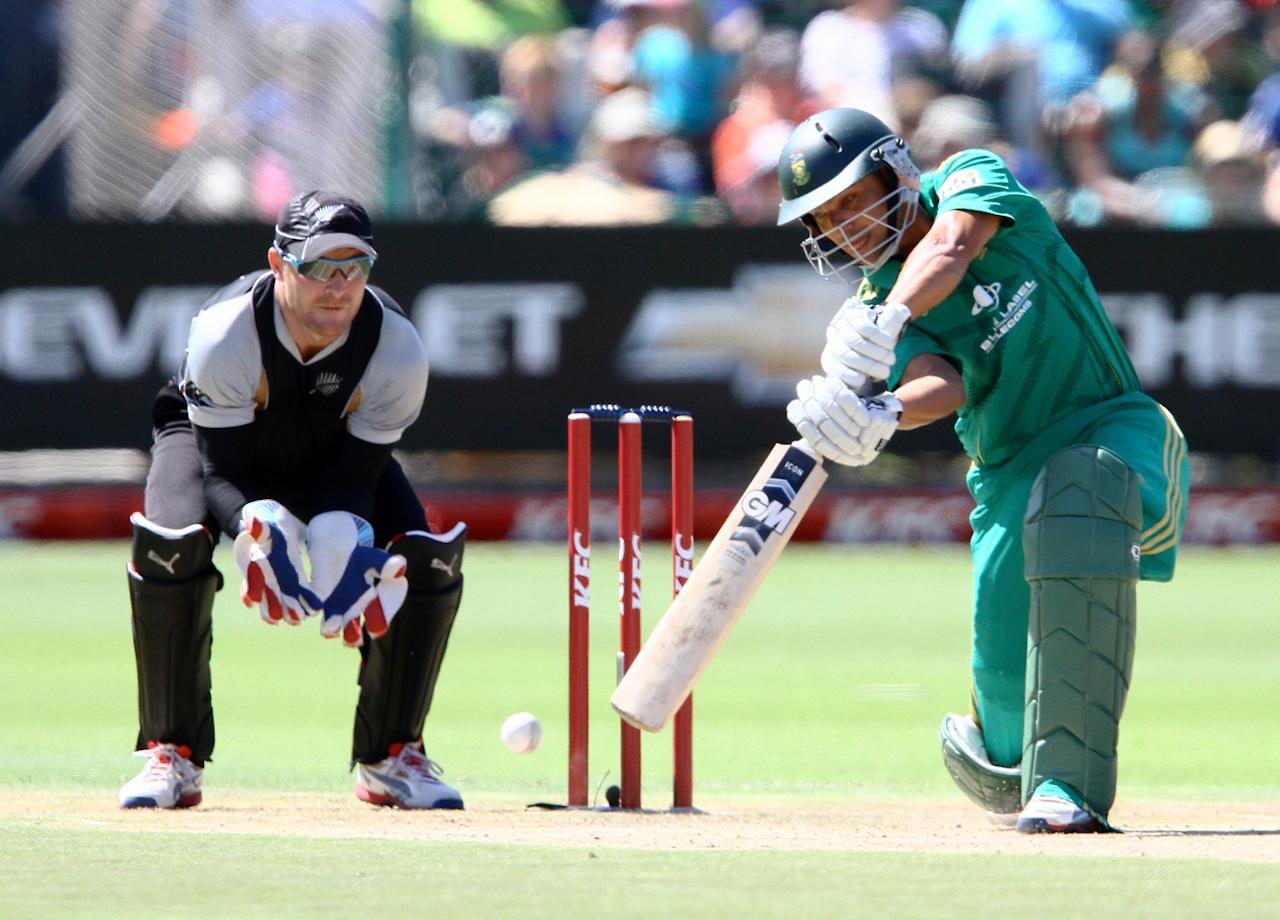 PORT ELIZABETH, SOUTH AFRICA - DECEMBER 26: Justin Ontong of South Africa in action during the 3rd T20 International match between South Africa and New Zealand at AXXESS St Georges on December 26, 2012 in Port Elizabeth, South Africa. (Photo by Richard Huggard / Gallo Images/Getty Images)