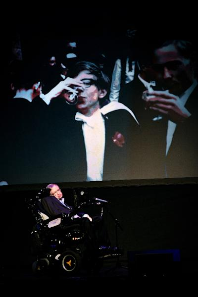 """British theoretical physicist professor Stephen Hawking gives a lecture entitled: """"A Brief History of Mine"""" during the Starmus Festival on the Spanish Canary island of Tenerife on June 29, 2016 (AFP Photo/DESIREE MARTIN)"""