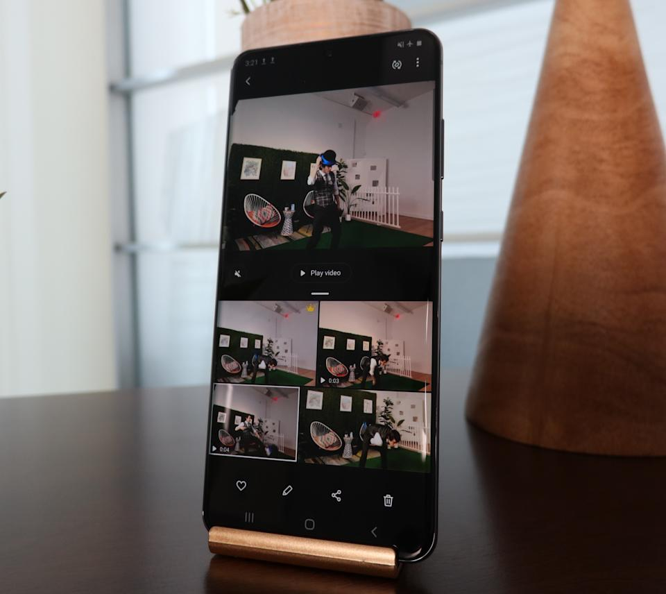 Samsung's new Single Take photo mode captures multiple images and videos with a single button press. (Image: Howley)