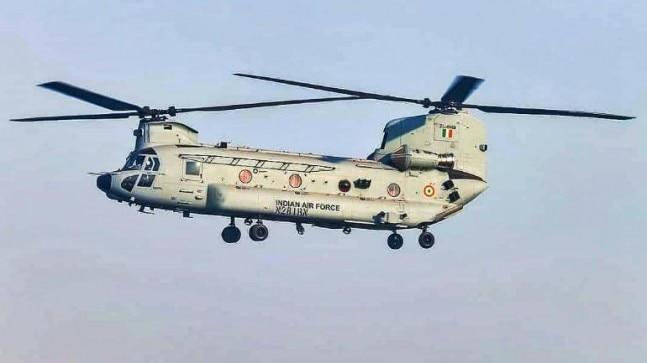 The advanced heavy-lift Chinook helicopters have been inducted into the Indian Air Force. Here are five features about the Chinook helicopters.