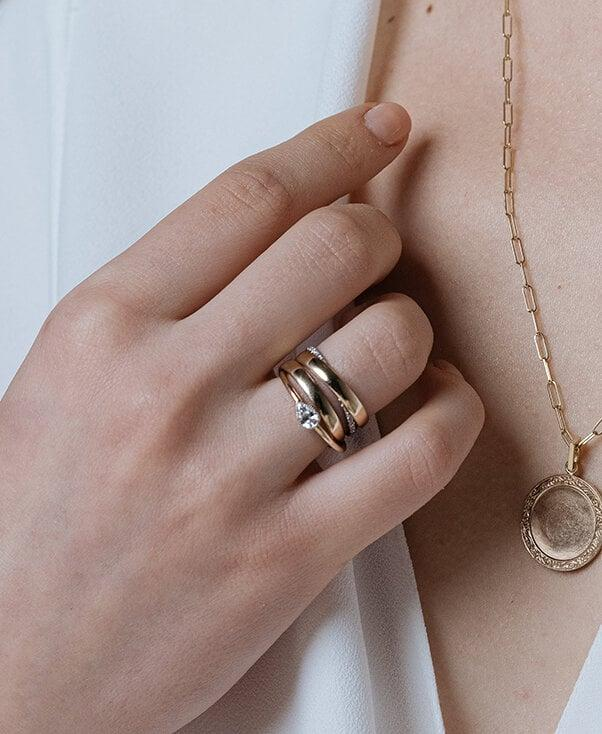 How To Clean And Sanitize Your Jewelry According To 3 Designers