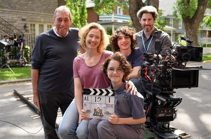 Jason Reitman shares 'family' photo on Calgary set of 'Ghostbusters'