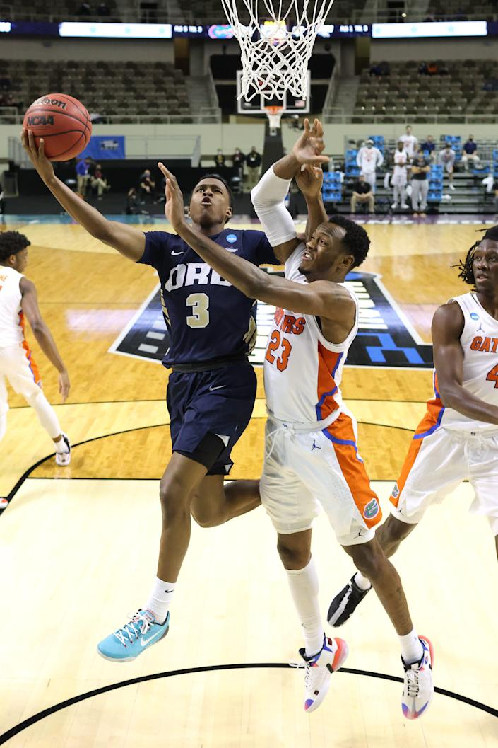 Oral Roberts Golden Eagles playing against the Florida Gators on March 21, 2021, in Indianapolis, Indiana.