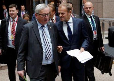 European Commission President Jean-Claude Juncker and European Council President Donald Tusk arrive to address a joint news conference on the second day of the EU Summit in Brussels, Belgium, June 29, 2016.   REUTERS/Francois Lenoir