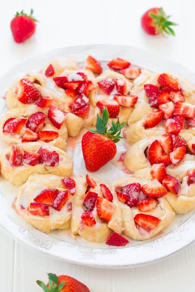 """<p>Finish off this 30-minute dish (yes, really!) with a sweet lemon glaze.</p><p><strong>Get the recipe at <a href=""""https://www.averiecooks.com/strawberry-lemon-crescent-ring/#"""" rel=""""nofollow noopener"""" target=""""_blank"""" data-ylk=""""slk:Averie Cooks"""" class=""""link rapid-noclick-resp"""">Averie Cooks</a>.</strong><br></p>"""