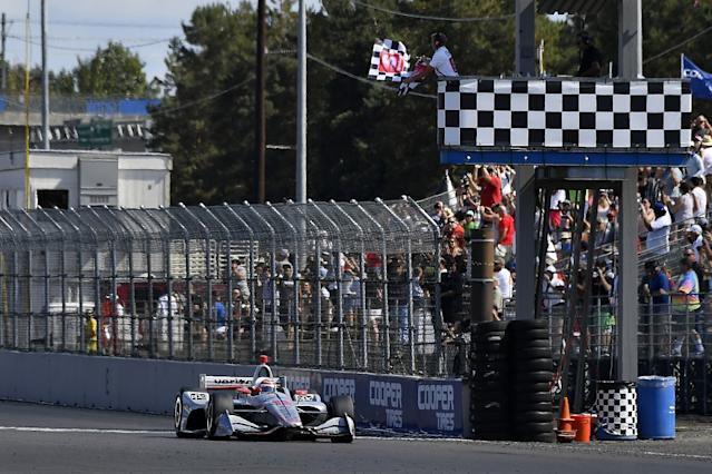 Power wins as Newgarden steps closer to title