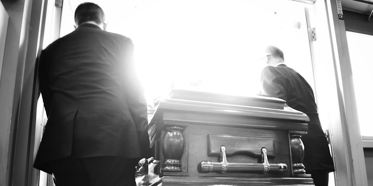 """<p>There are <a rel=""""nofollow"""" href=""""http://www.countryliving.com/life/g4513/unspoken-funeral-etiquette-rules/"""">etiquette rules every funeral guest should follow</a>, and there's the protocol for the departed's immediate family, the people who plan the service and see the details through alongside the funeral director. But rightfully or not, what happens before a viewing is often treated as taboo. So we asked Caleb Wilde, a sixth-generation funeral director at Wilde Funeral Home in Parkesburg, Pennsylvania, and author of <em><a rel=""""nofollow"""" href=""""https://www.amazon.com/Confessions-Funeral-Director-Business-Death/dp/0062465244"""">Confessions of a Funeral Director: How the Business of Death Saved My Life</a></em>, to share his professional opinions on the matter. Here's what he says often isn't discussed, but should be. </p>"""