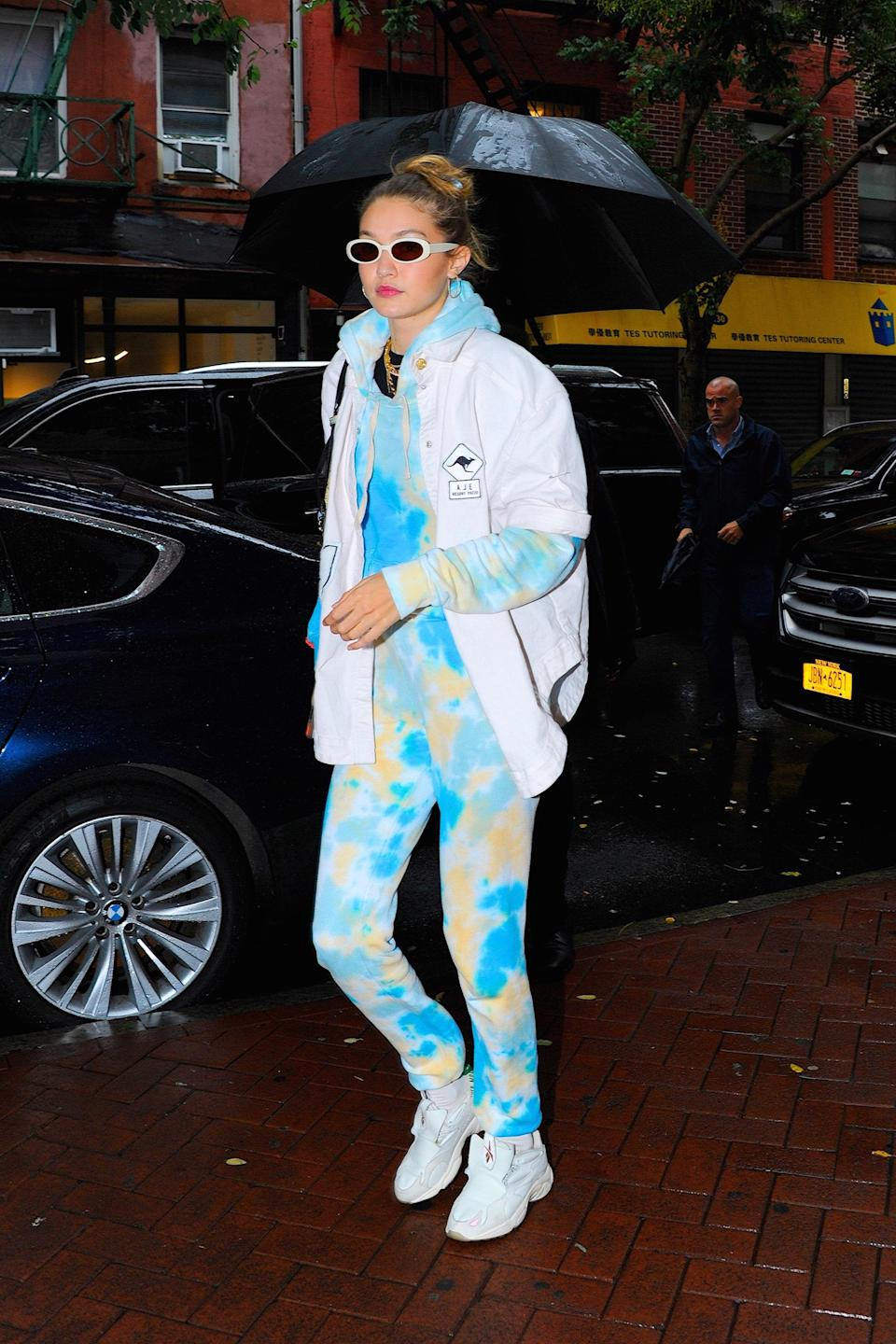 As we've already seen,Gigi was ahead of the curve when it comes to tie-dye.