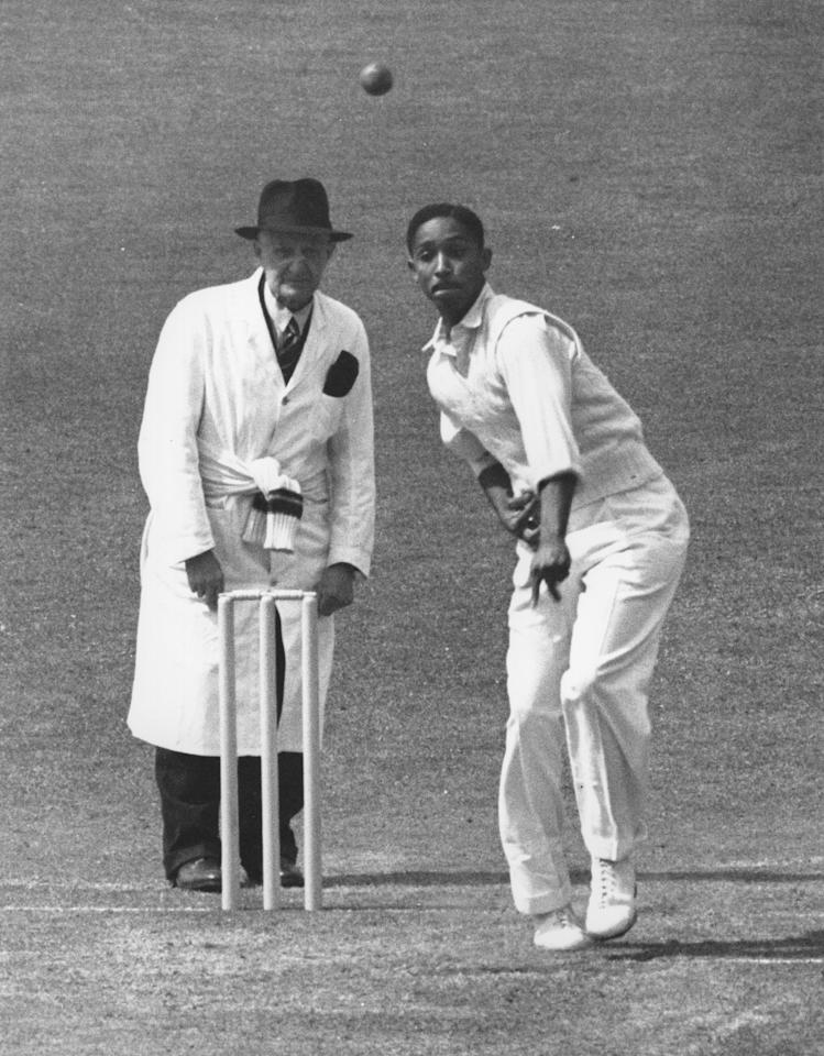 MAY 1950:  FRANK WORRELL OF THE WEST INDIES IN ACTION BOWLING DURING THE MATCH AGAINST SURREY AT THE OVAL. Mandatory Credit: Allsport Hulton/Archive