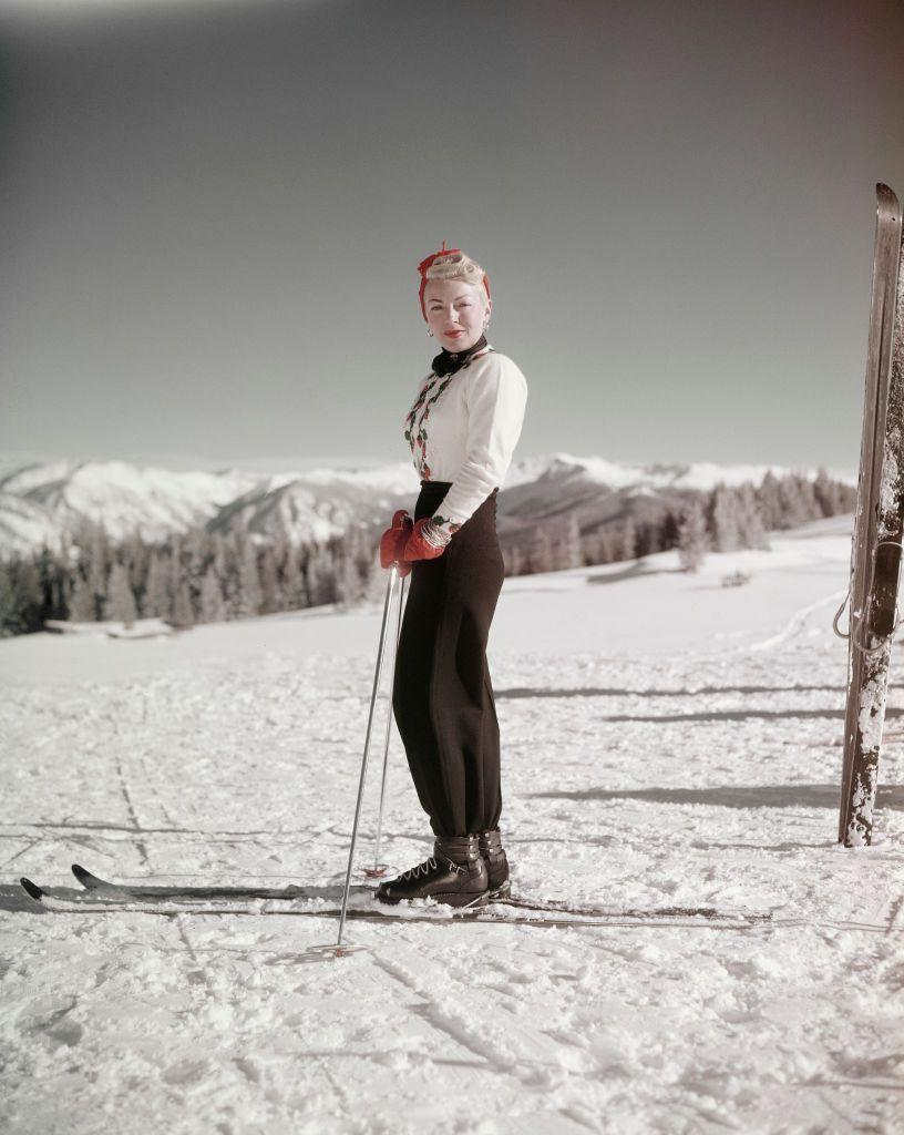 <p>Lana Turner takes a break from her run to pose for a photograph. The actress was enjoying a ski holiday, circa 1960. </p>