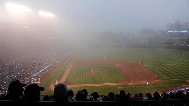 Fog at Wrigley, U.S. Cellular creates eerie scene