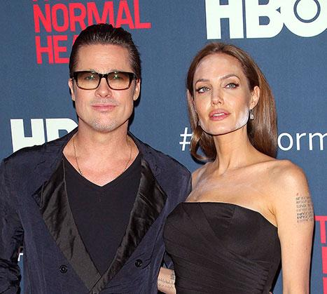 Angelina Jolie Has Face Powder Disaster at Brad Pitt's Premiere: Picture