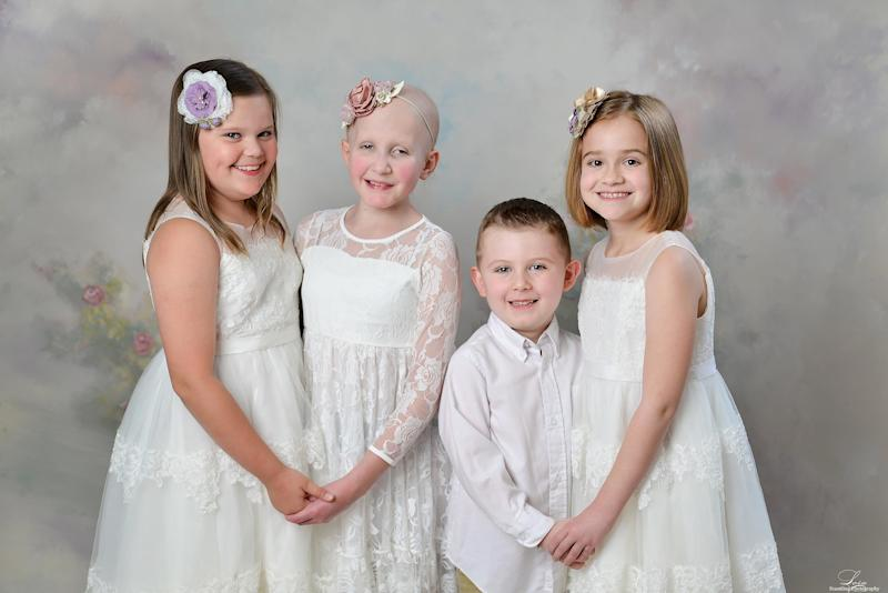 Kids Who Beat Cancer Come Together for Annual Reunion — and Recreate a Stunning Photo from 2014