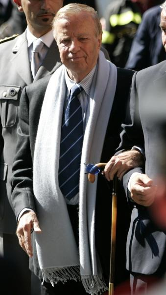 FILE - In this Saturday, Sept. 8, 2007 file photo, Italian movie director Franco Zeffirelli arrives at the funeral service of late Italian tenor Luciano Pavarotti in Modena's Duomo Cathedral, Modena, Italy. Italian film director Franzo Zeffirelli has died in Rome at the age of 96. Zefffirelli's son Luciano said his father died at home on Saturday at noon. (AP Photo/Gregorio Borgia, File)